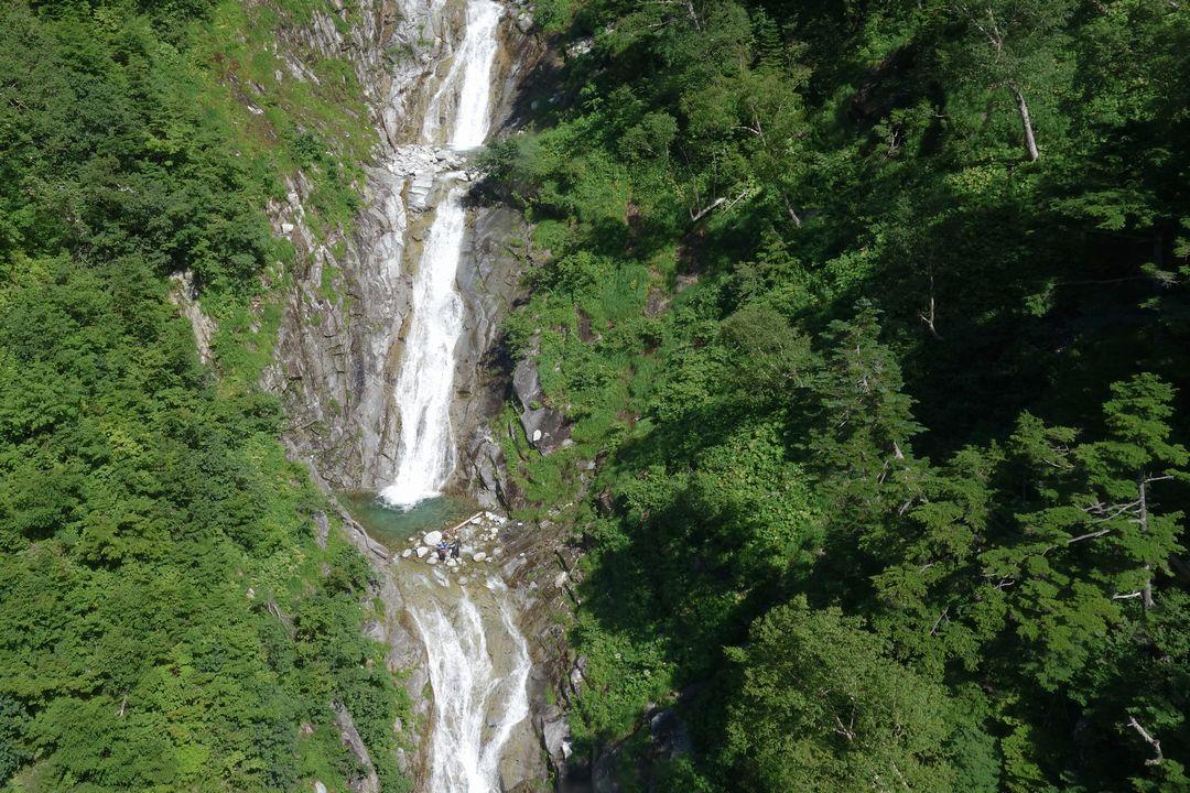 駒ケ岳ロープウェイから見た滝