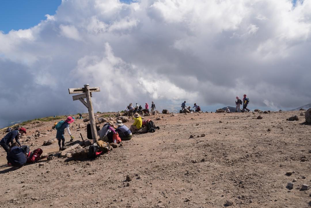 安達太良山の山頂