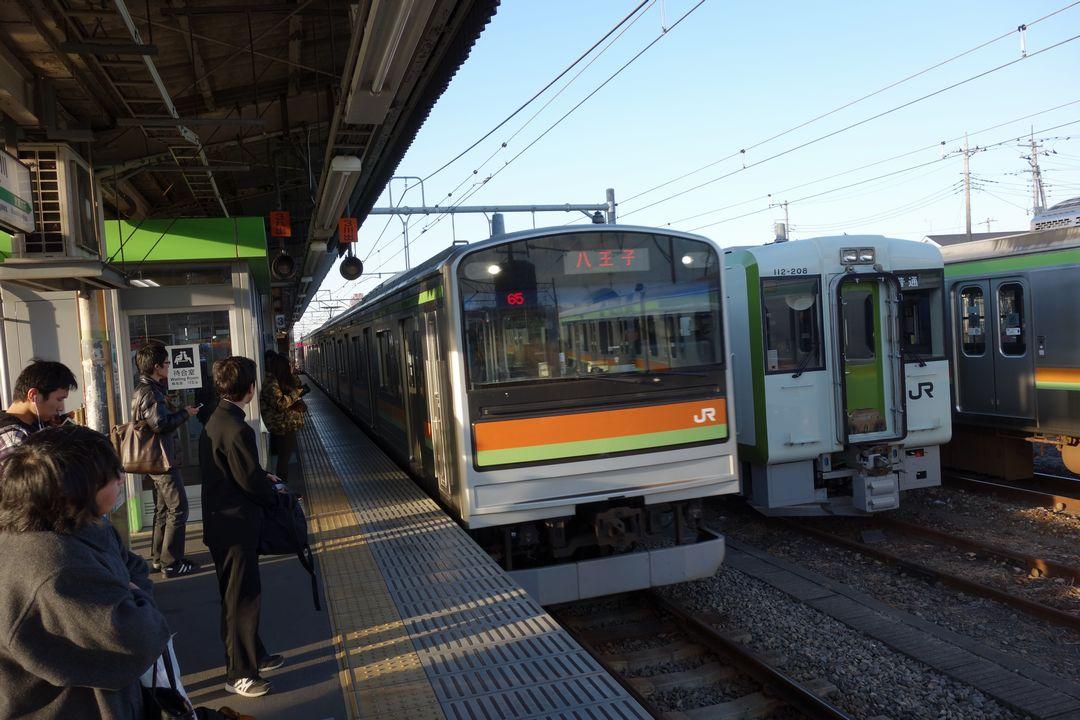 高麗川駅に入線する八高線