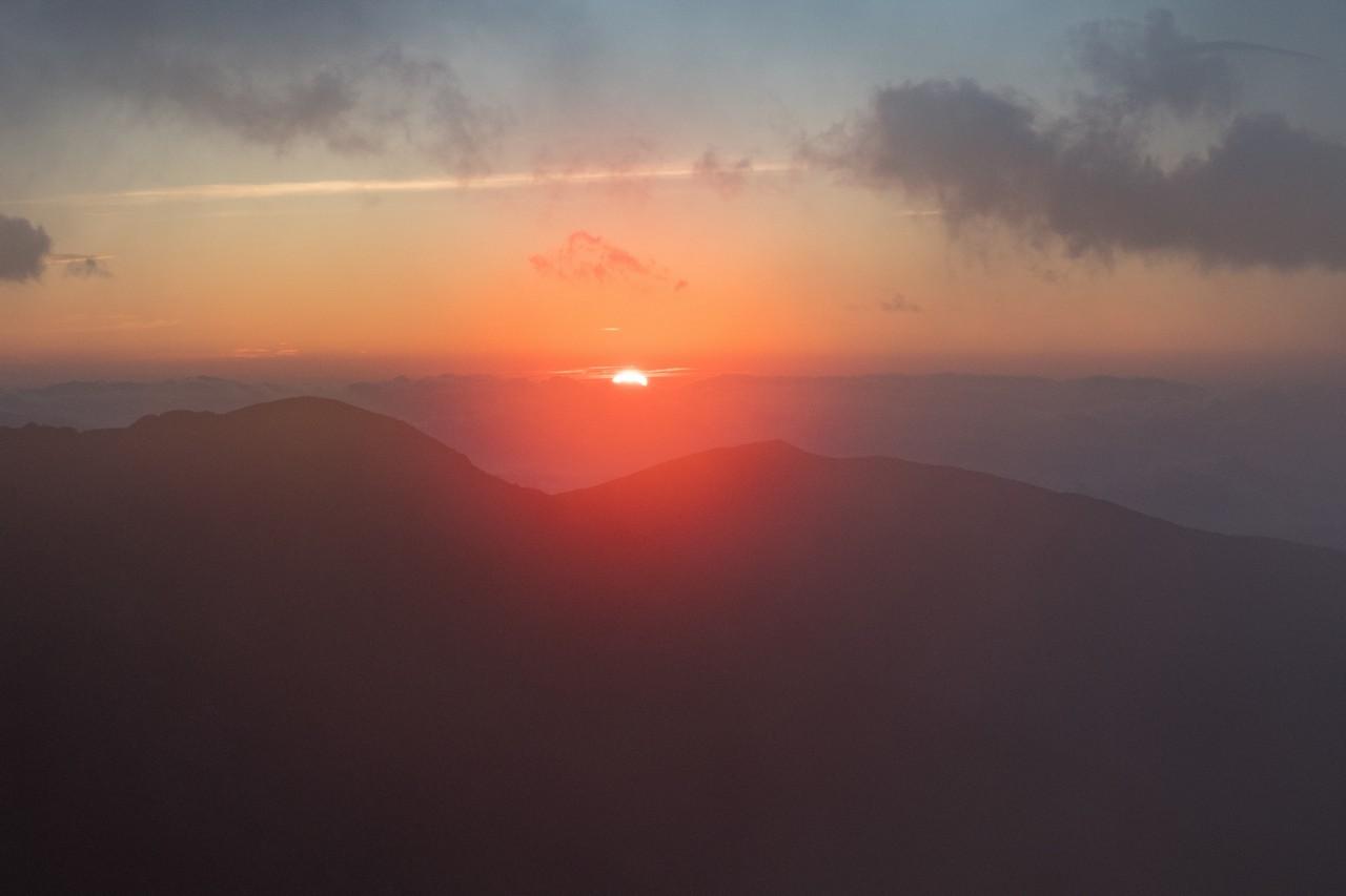北岳山荘からのご来光
