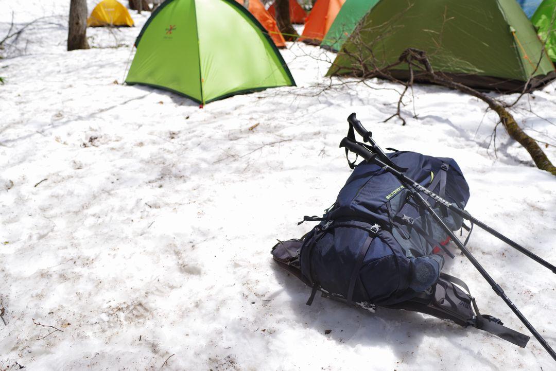 テントを収容した登山用ザック