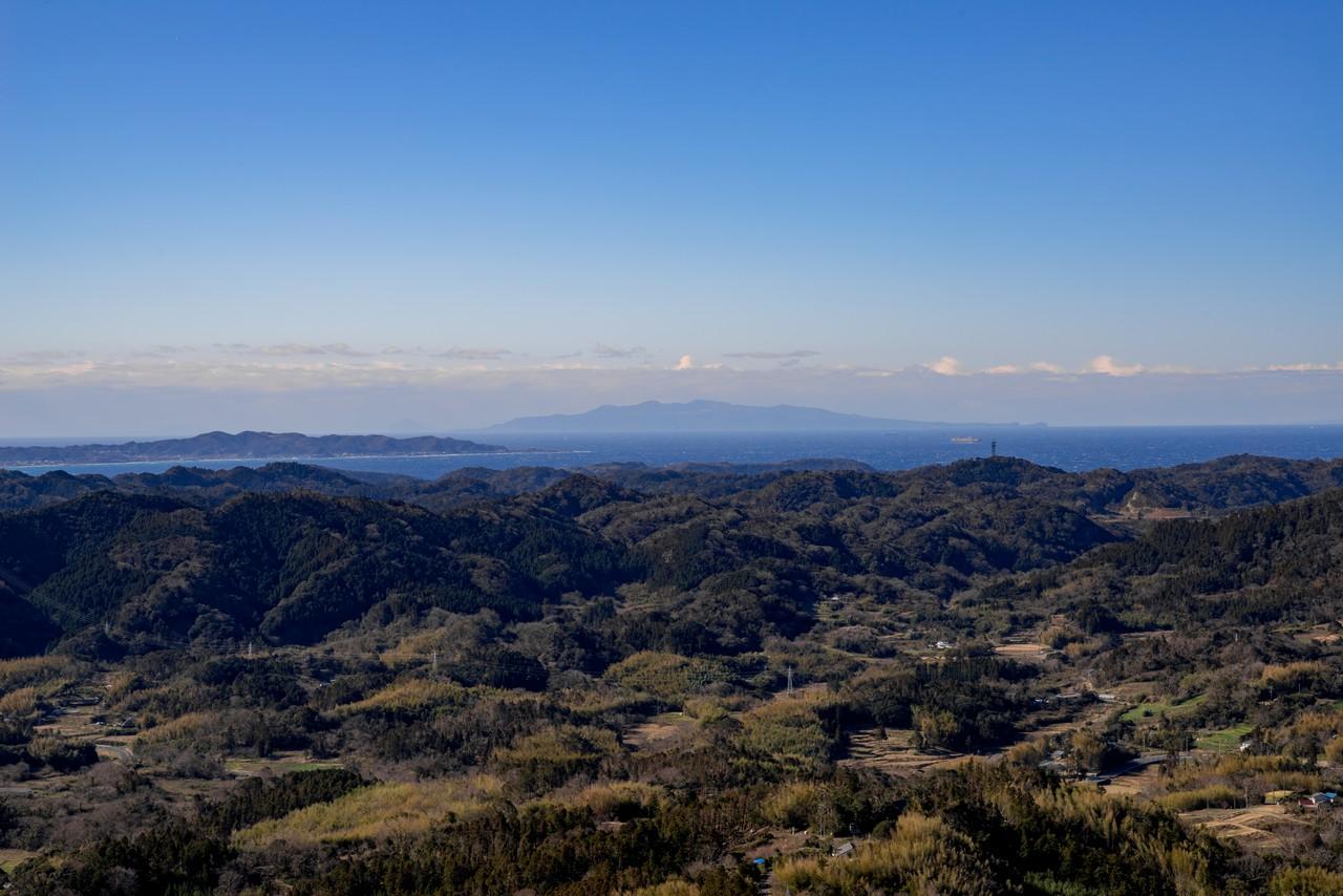 伊予ヶ岳から見た伊豆大島