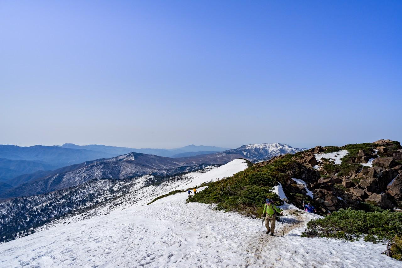 至仏山から見た群馬県方面の展望