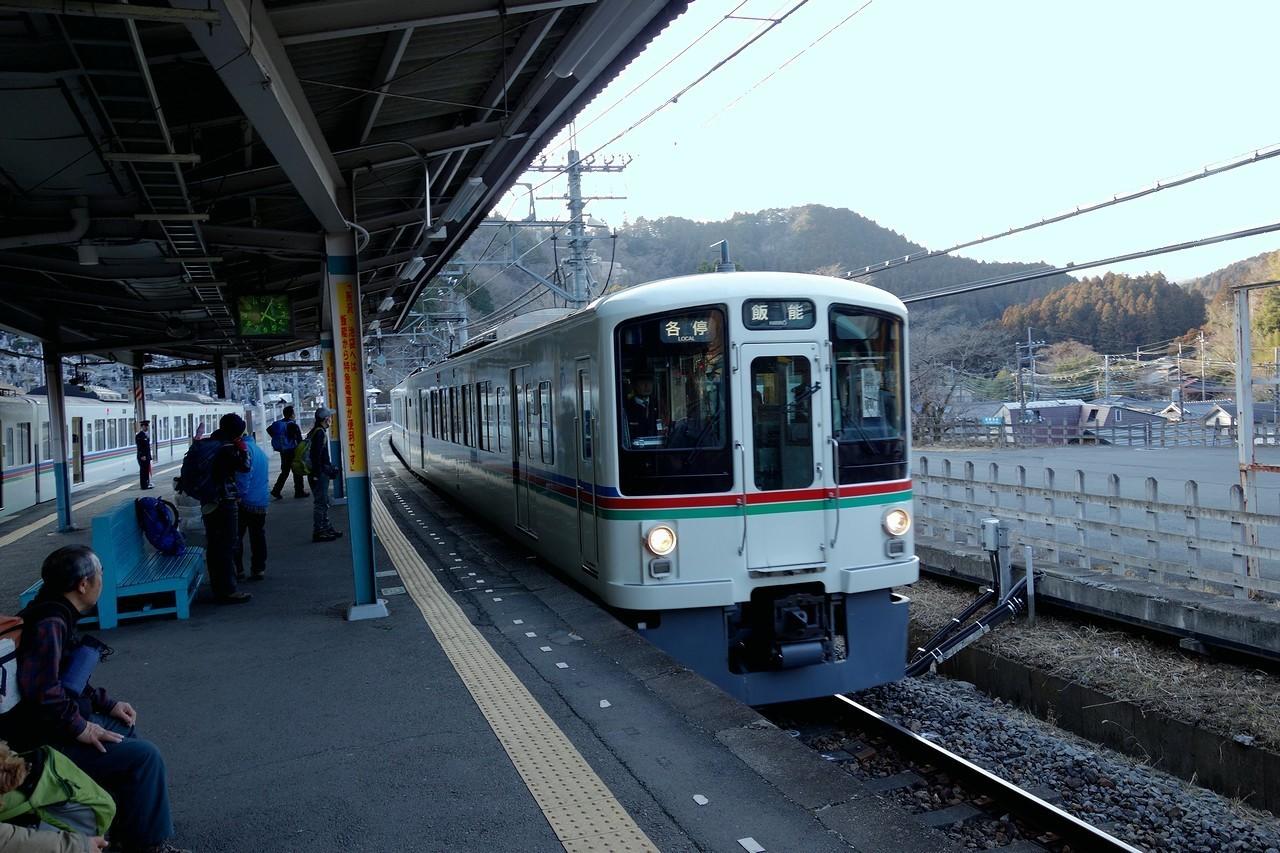 吾野駅のホーム