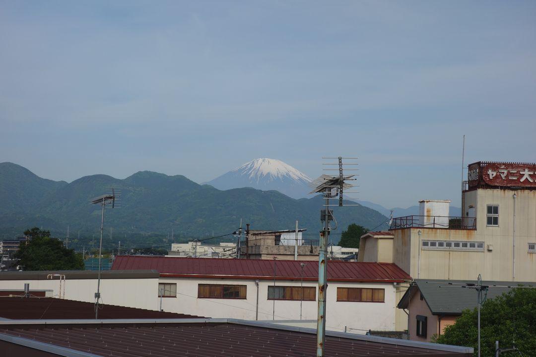 新松田駅から見た富士山