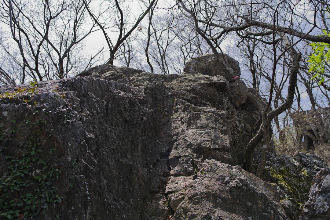三毳山の天狗岩