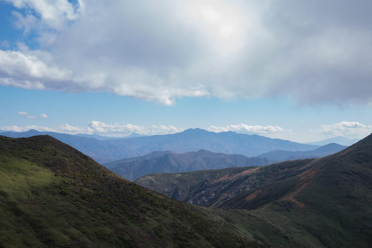 巻機山から見た上州武尊山