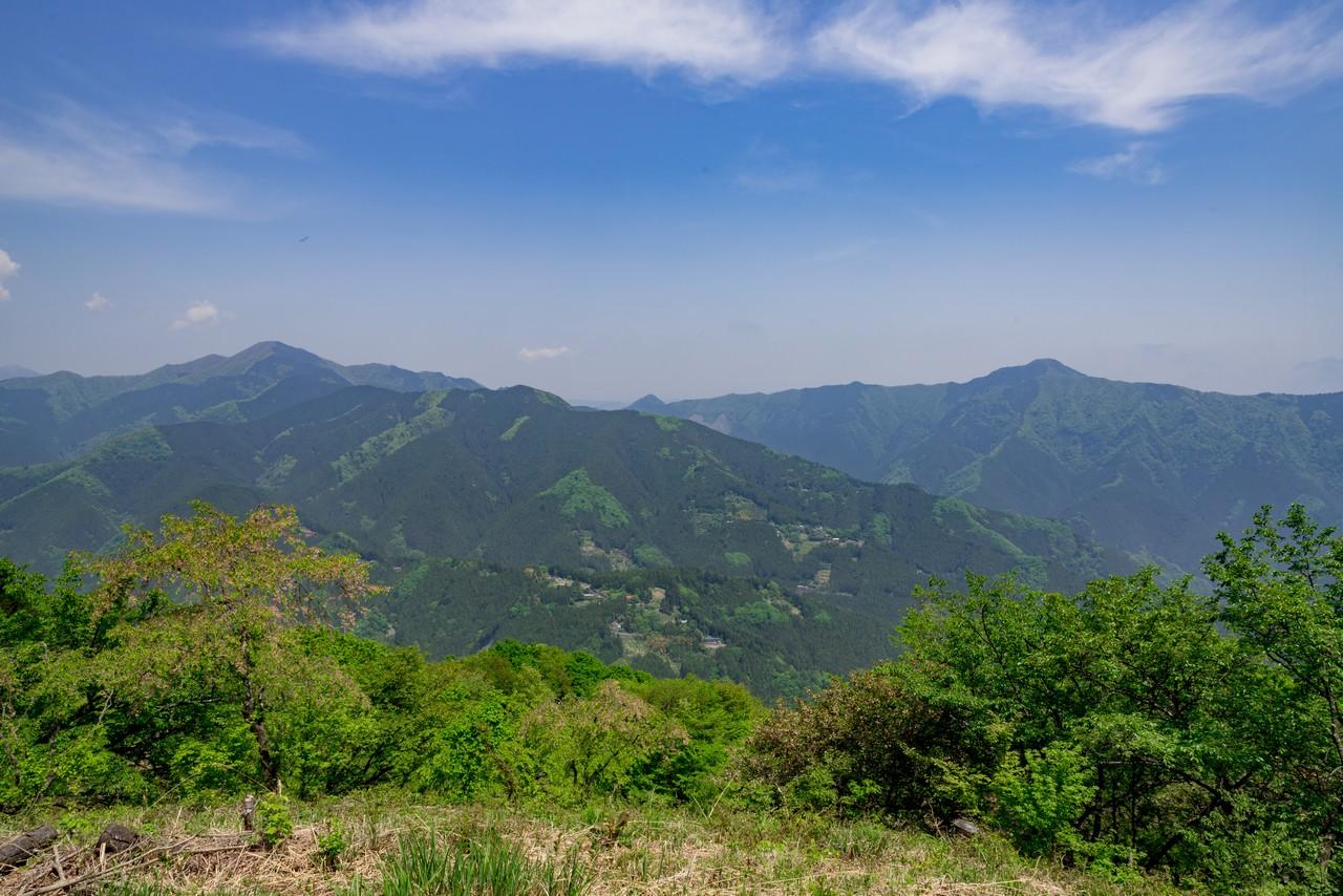 浅間嶺山頂の様子