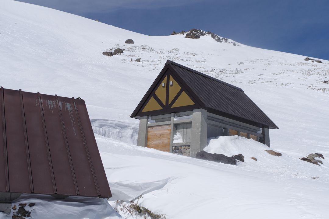乗鞍岳 トイレ小屋