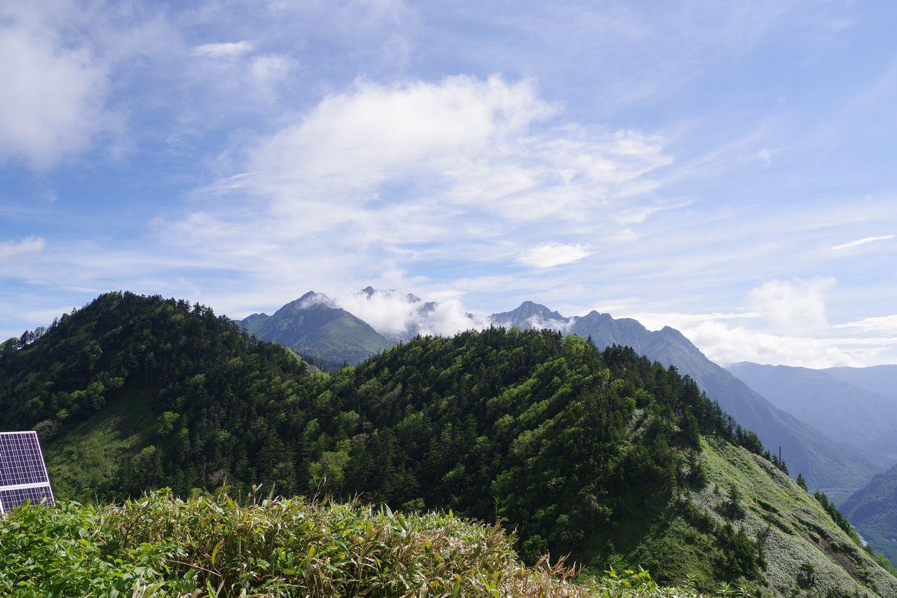焼岳小屋の展望台から見た穂高連峰