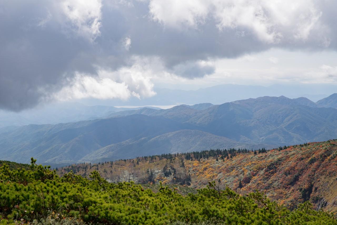 安達太良山から見た猪苗代湖