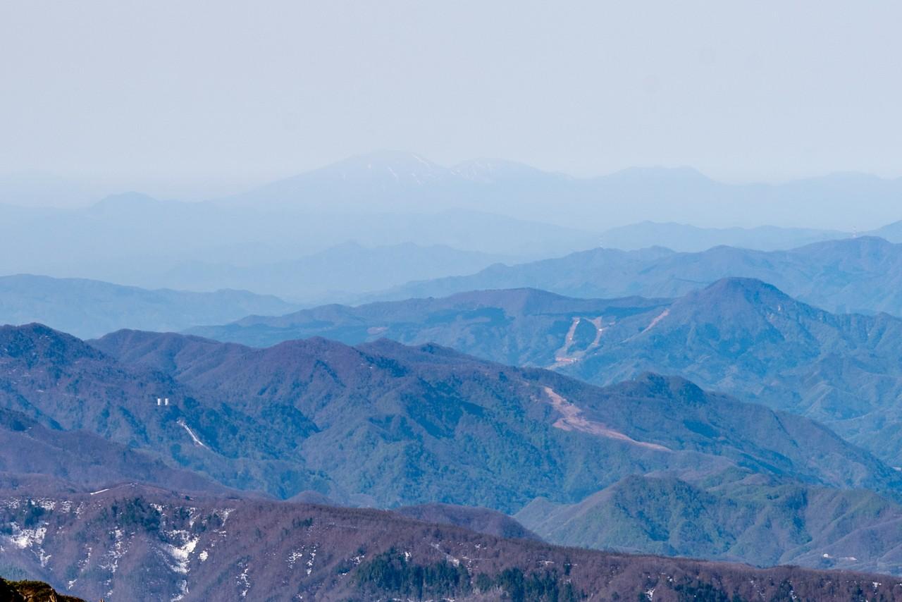 至仏山から見た浅間山