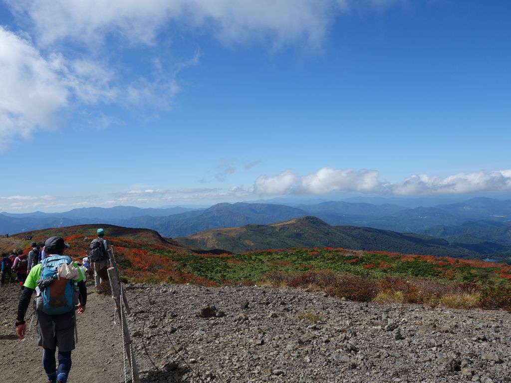 栗駒山の稜線