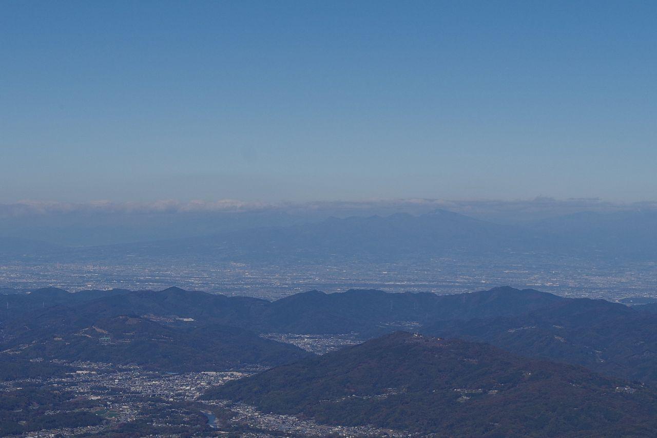 武甲山から見た赤城山