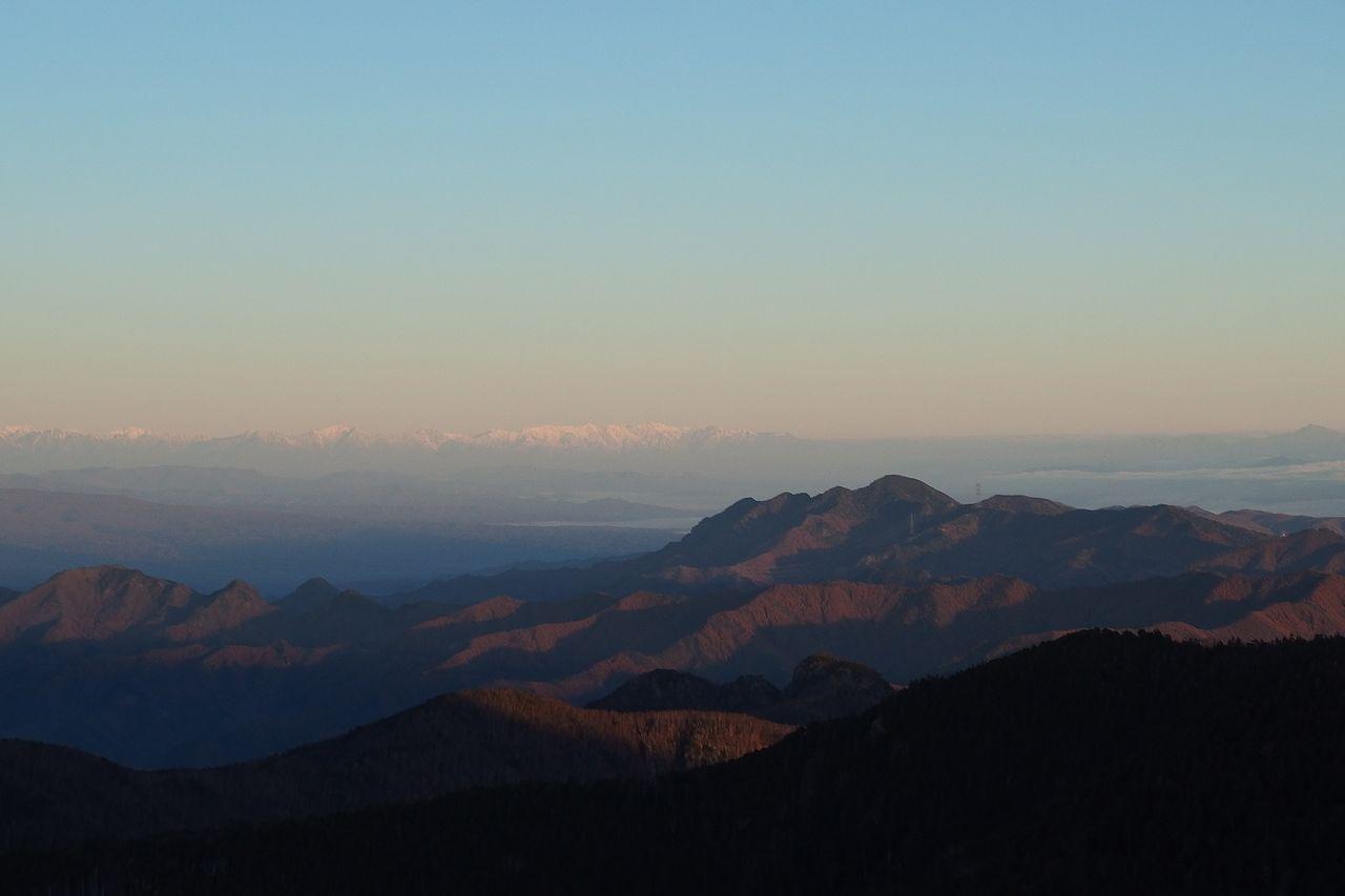 甲武信ヶ岳から見た北アルプス