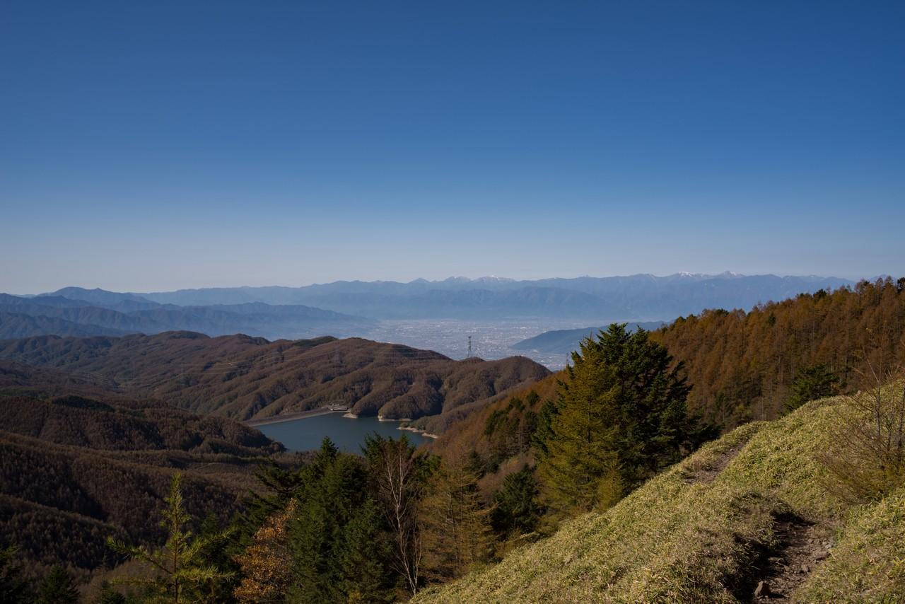 石丸峠付近から見た甲府盆地