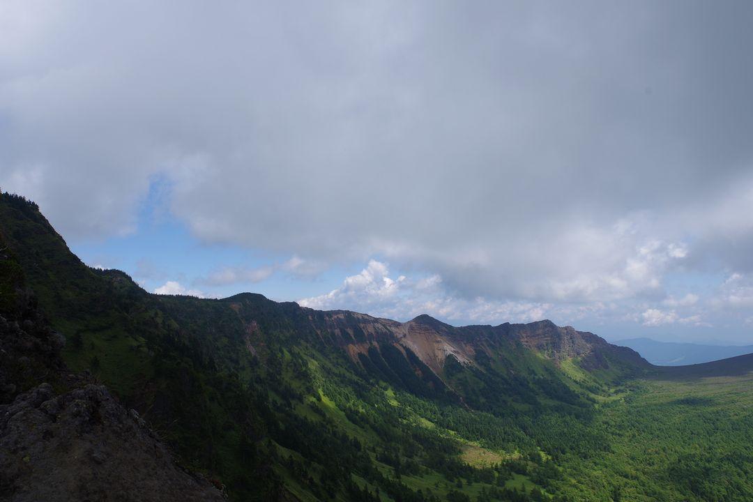 トーミの頭から見た浅間山外輪山