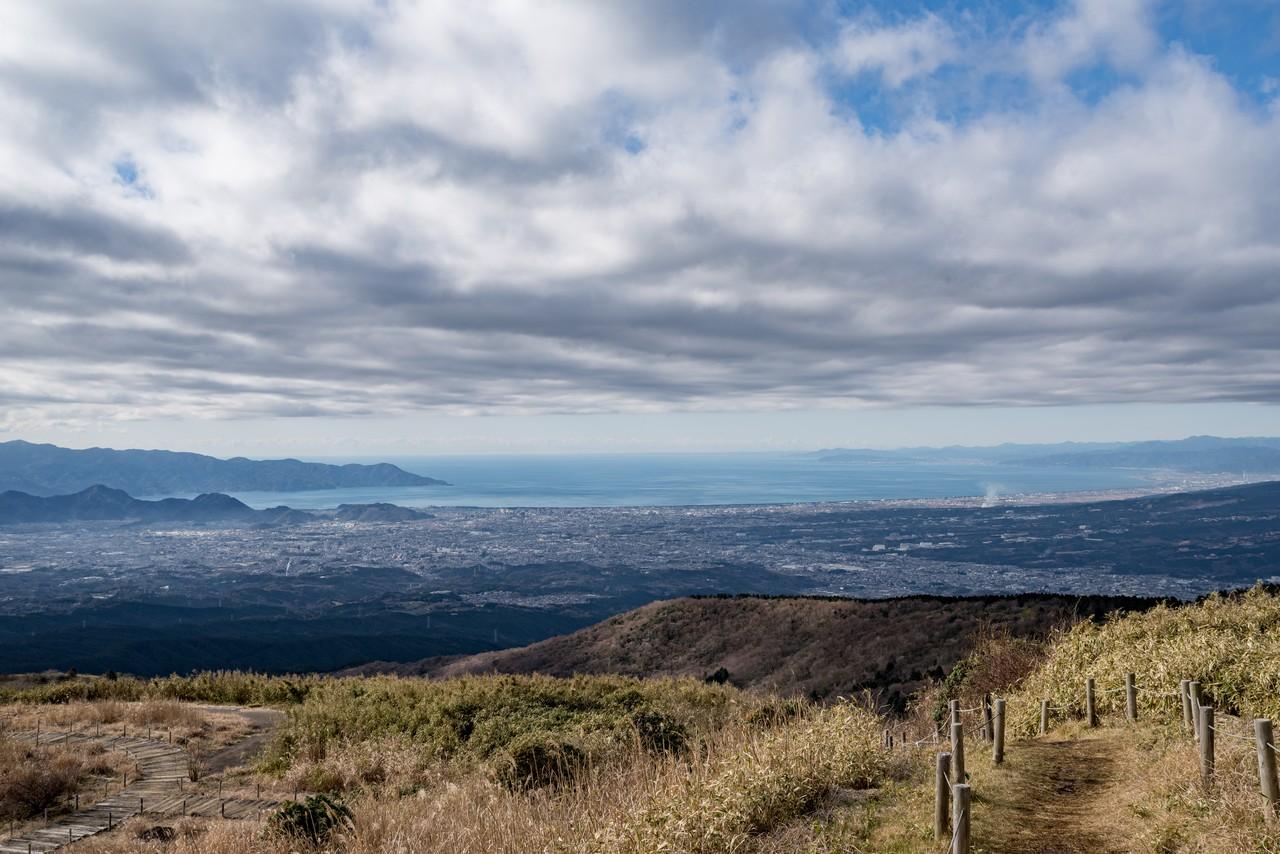 山伏峠から見た駿河湾
