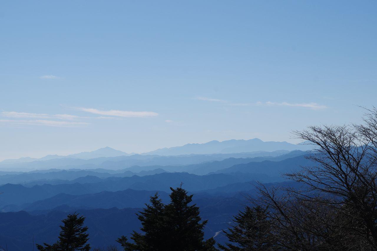 関八州見晴台から見た丹沢山地