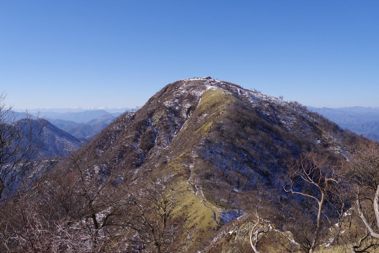 鬼ヶ岩付近から見た蛭ヶ岳