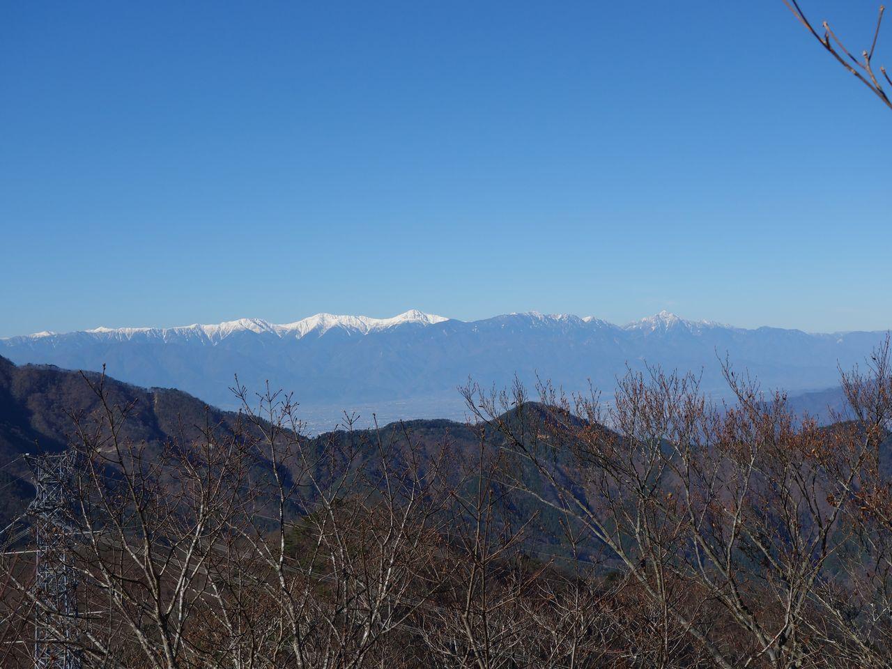 笹子雁ヶ腹摺山から見た南アルプス