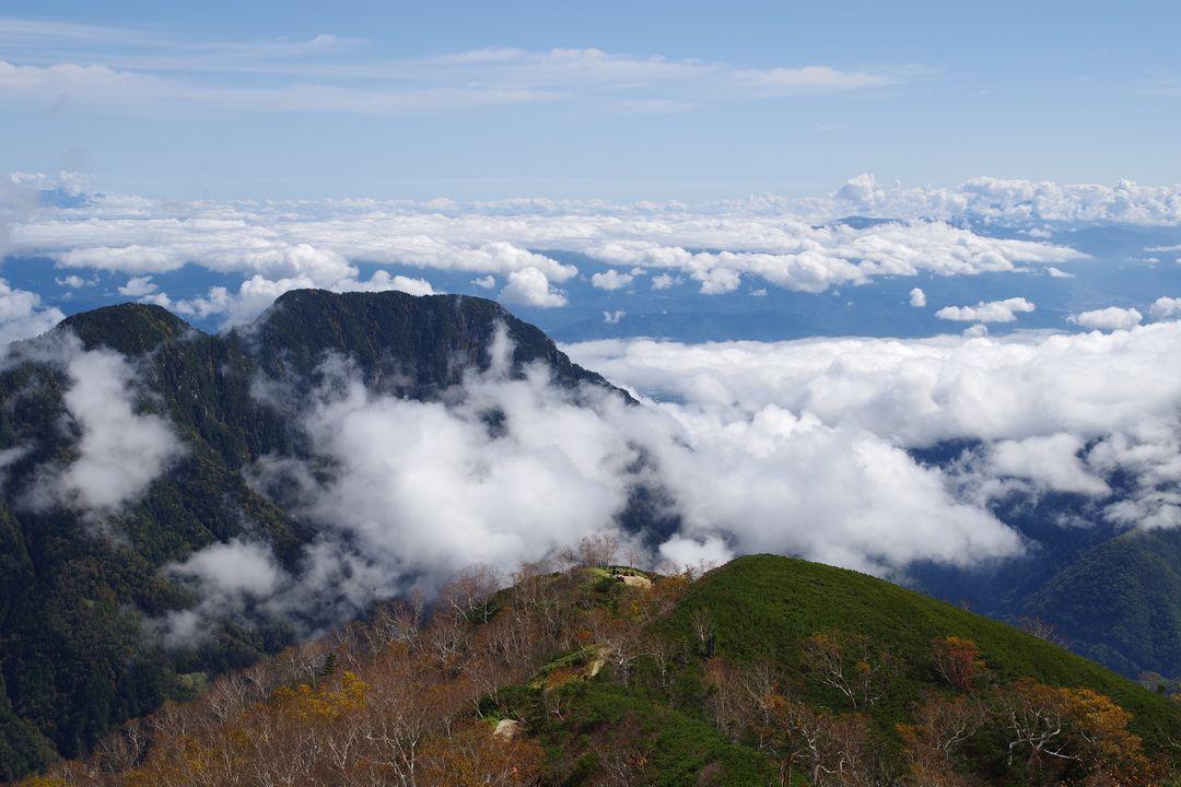 合戦尾根から見下ろす雲海