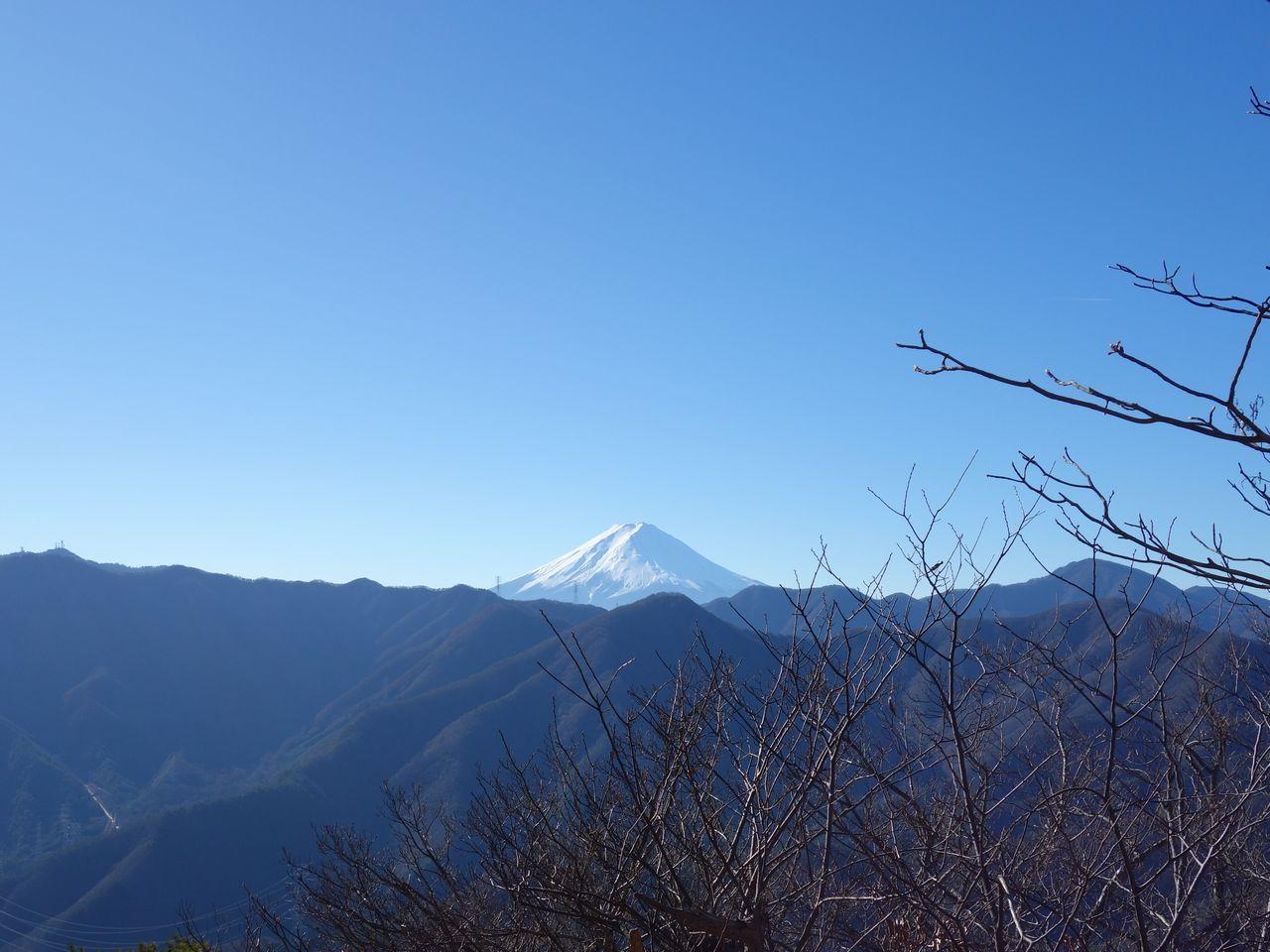 笹子雁ヶ腹摺山から見た富士山