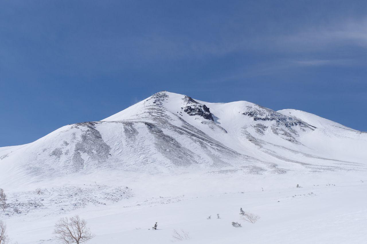 位ヶ原から見た乗鞍岳の山頂部