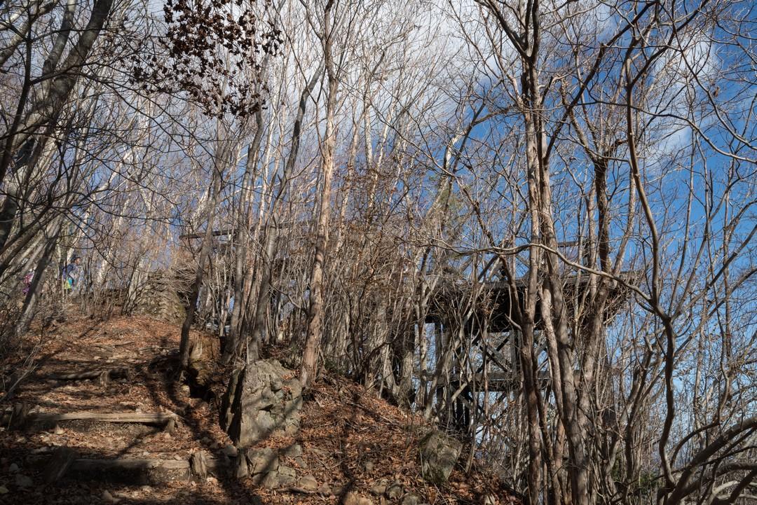 三頭山 東峰の展望台