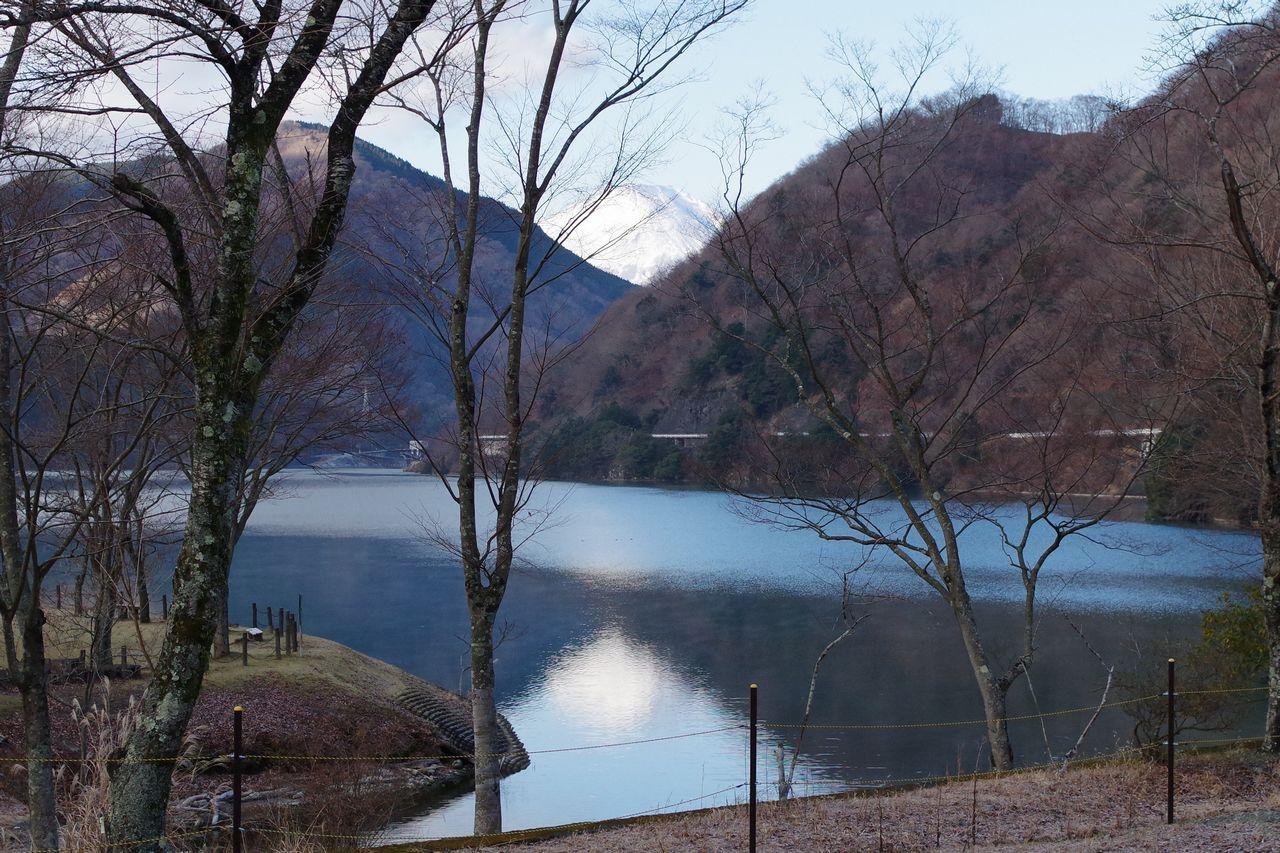 丹沢湖の逆さ富士