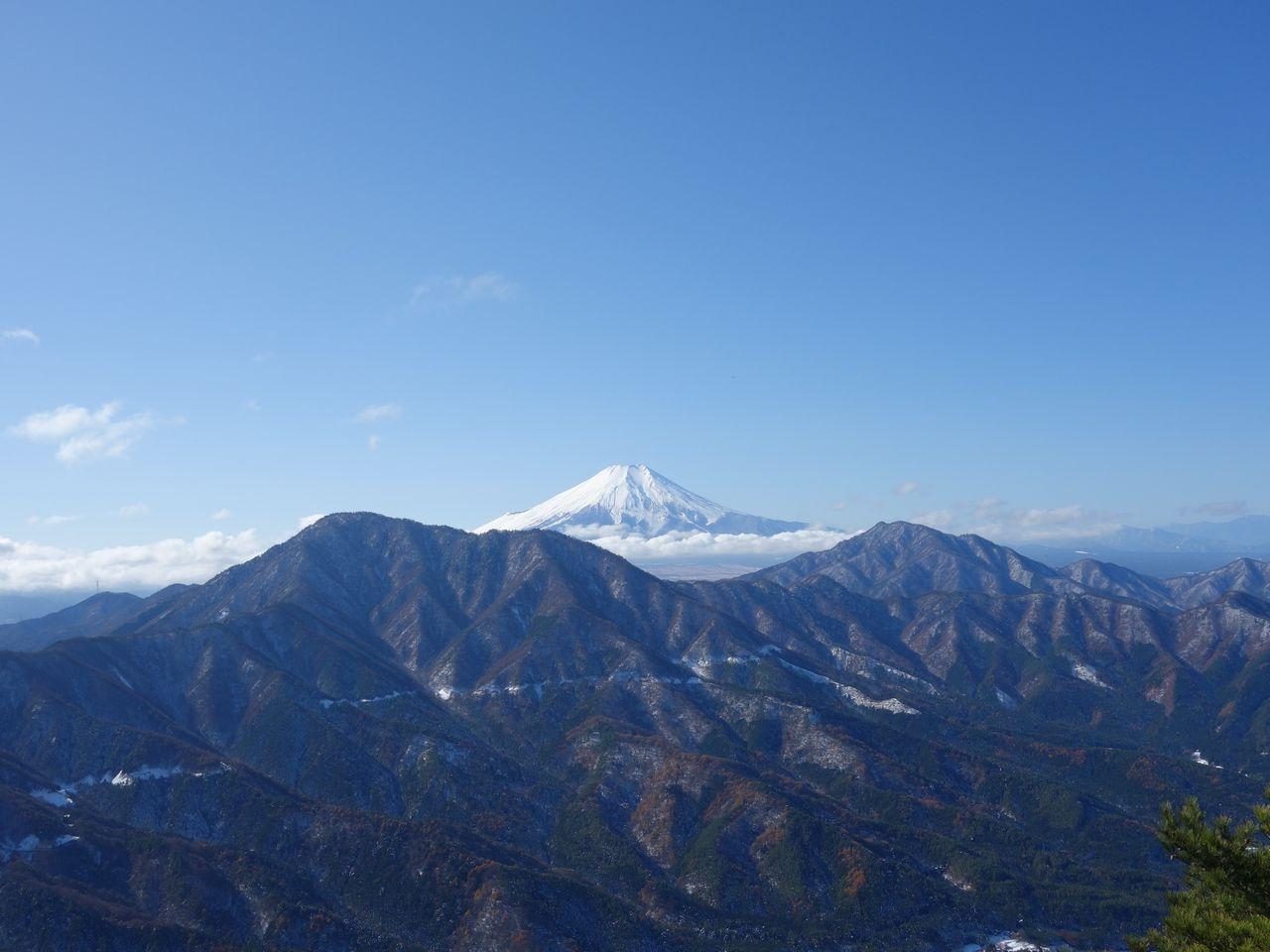 赤岩からみた富士山