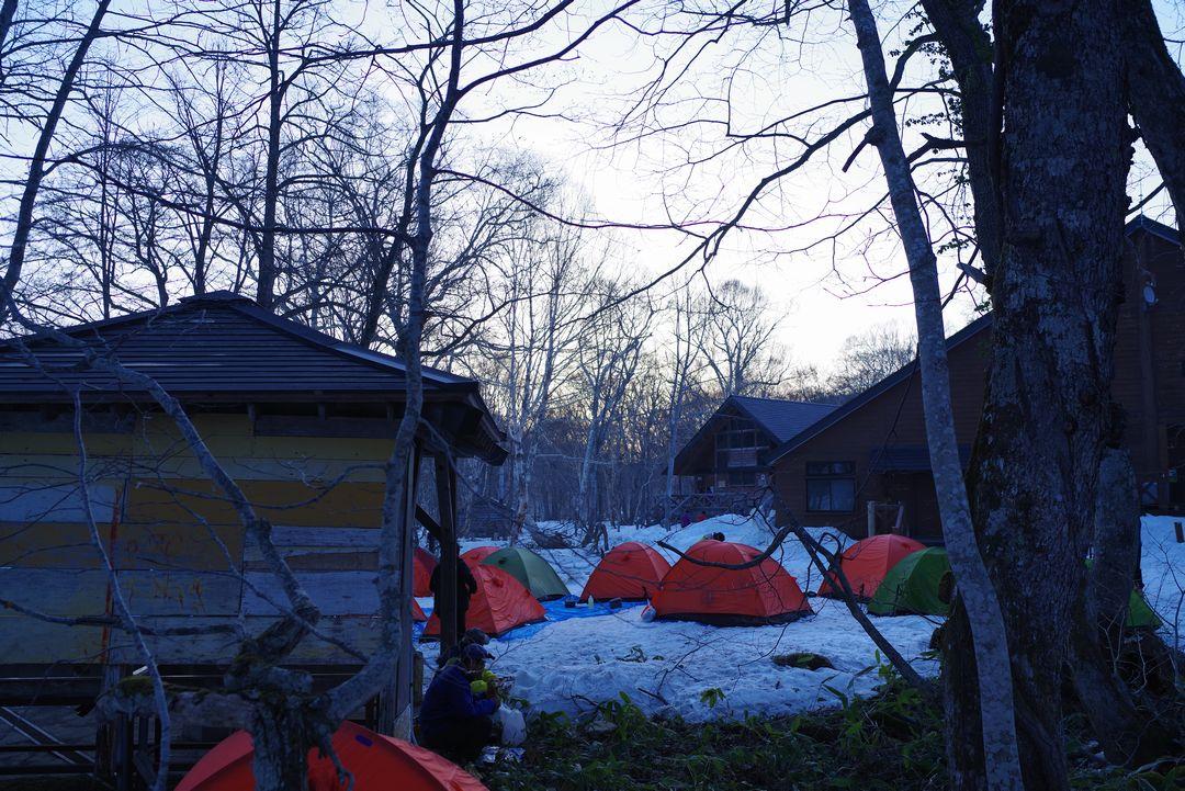 明け方の山の鼻キャンプ場