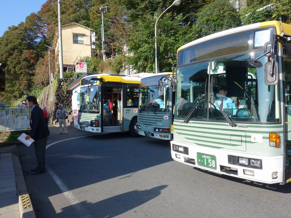 上野原駅のバス登り場