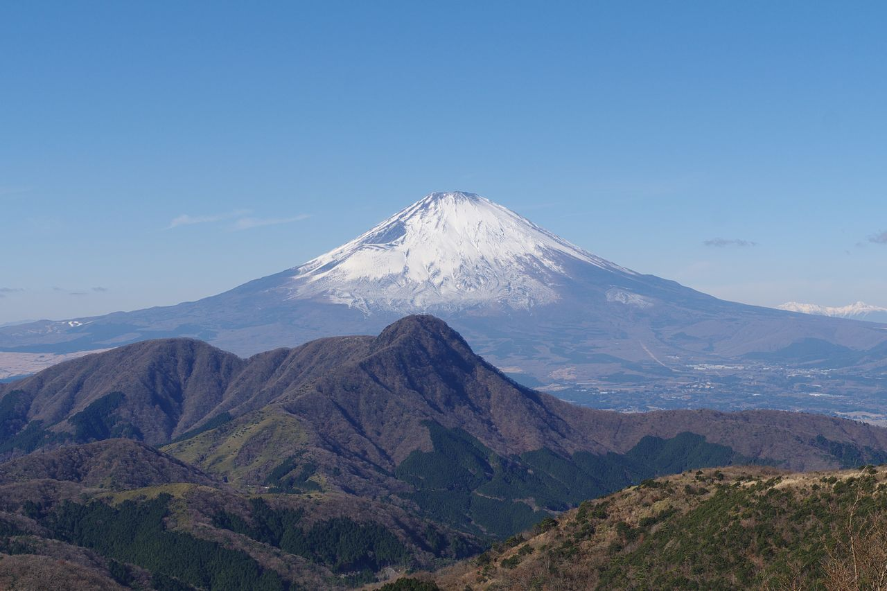明神ヶ岳から見た富士山と金時山