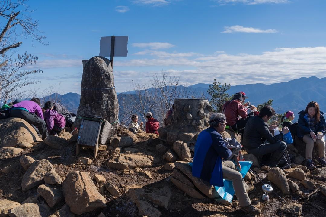 高川山山頂の様子