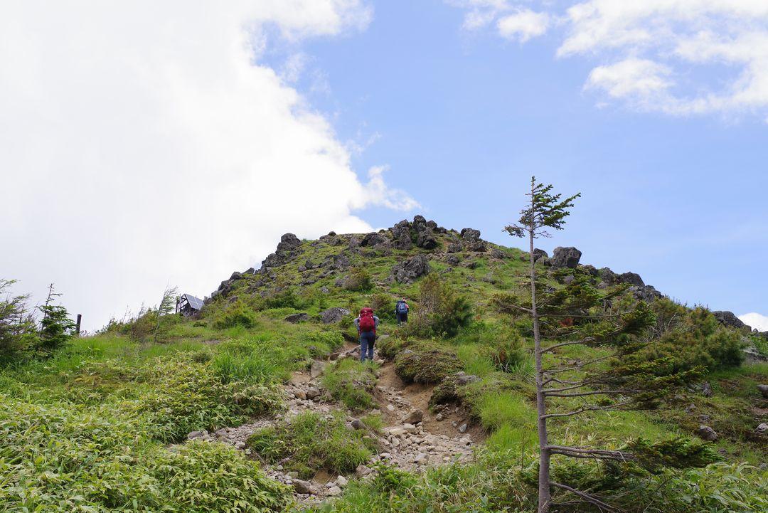 焼岳の稜線