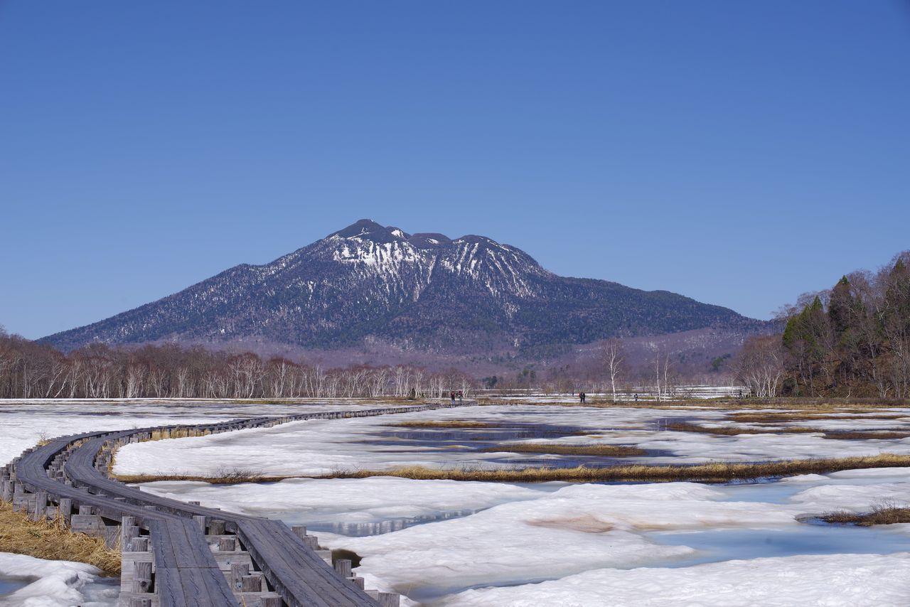 尾瀬ヶ原から見た燧ヶ岳