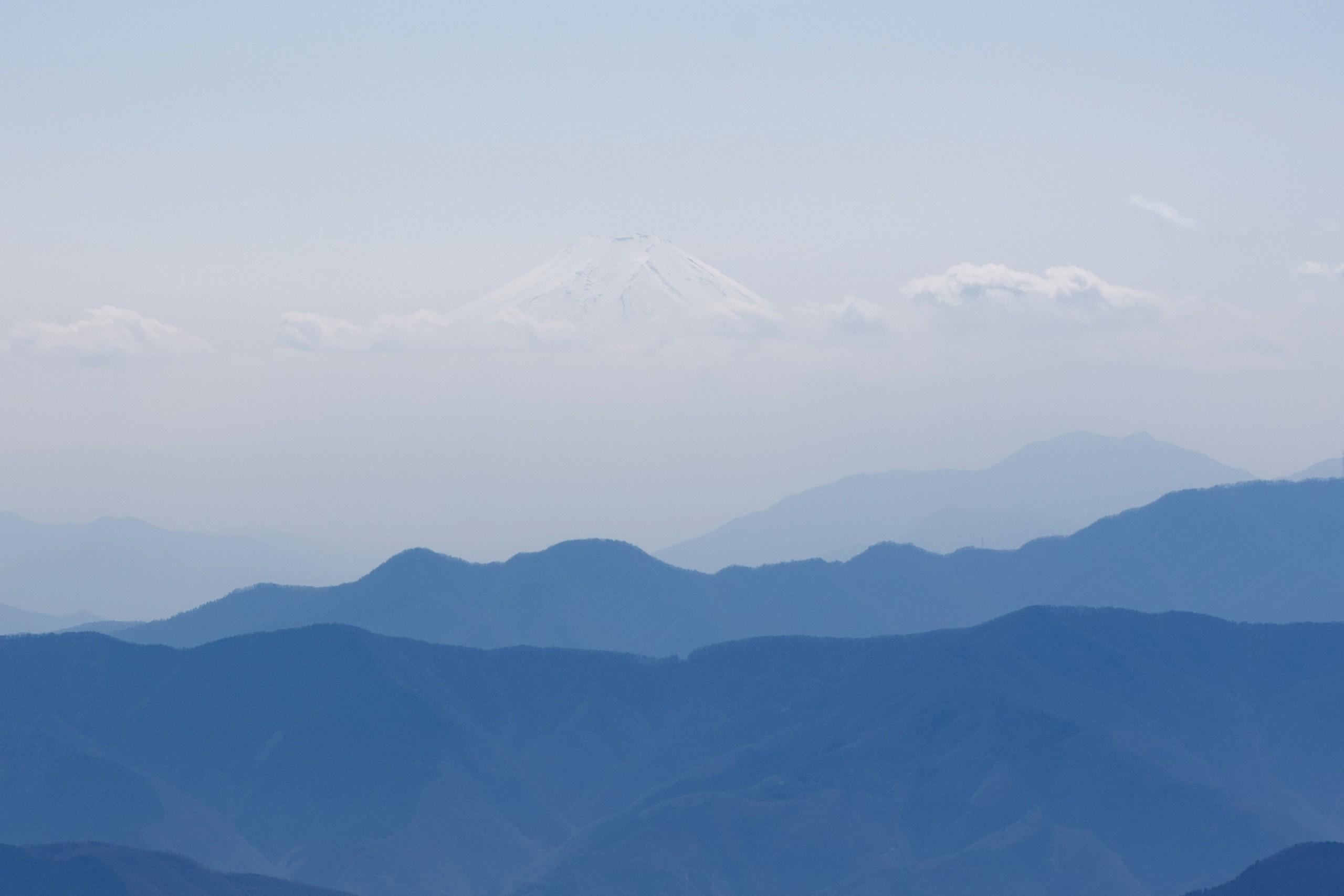 鷹ノ巣山から見た富士山