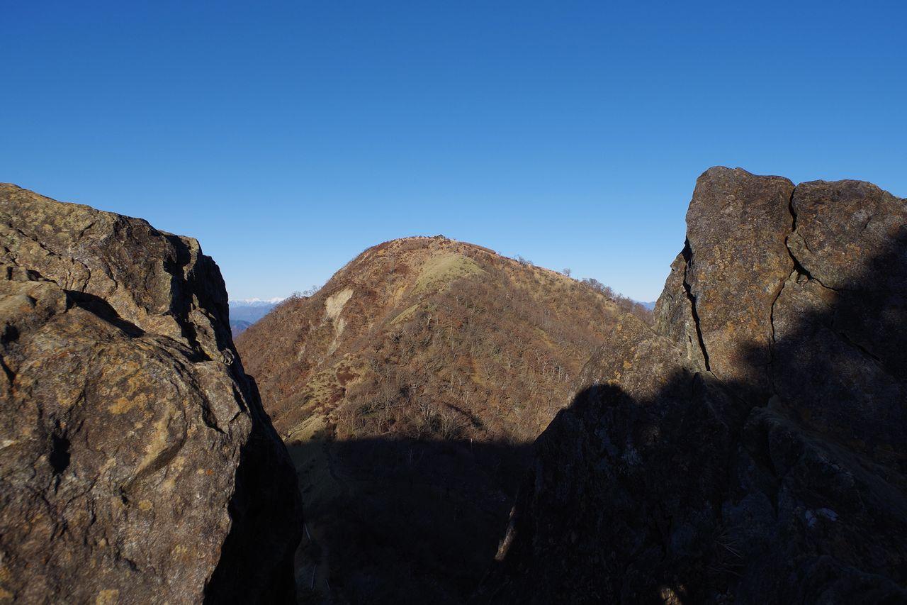 鬼ヶ岩から見た蛭ヶ岳