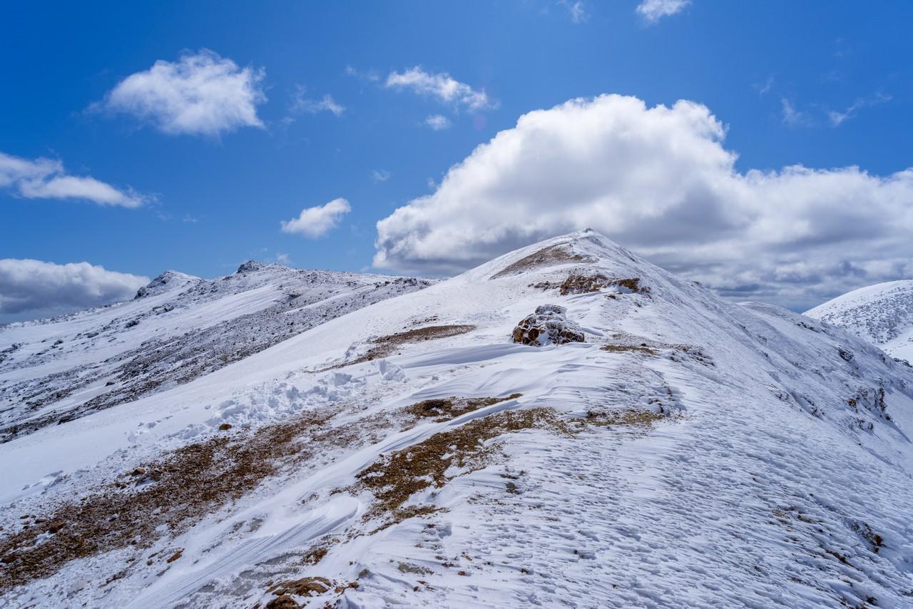 冬の安達太良山 馬の背