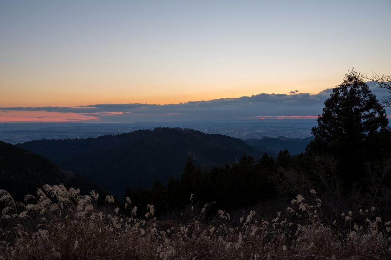 初日の出直前の子仏城山山頂