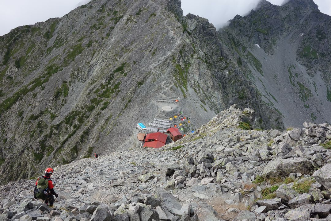 奥穂高岳山頂からの下り