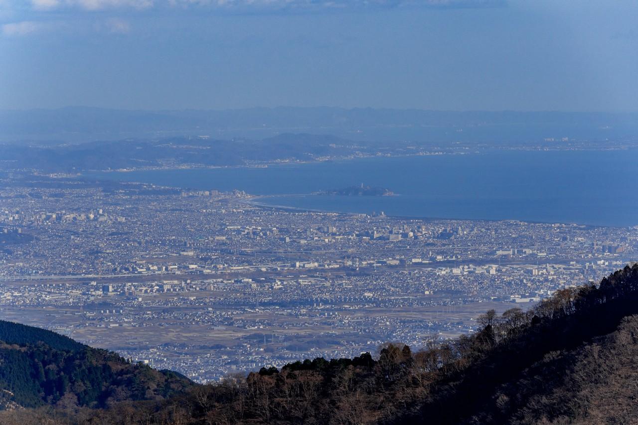 丹沢表尾根から見た江の島