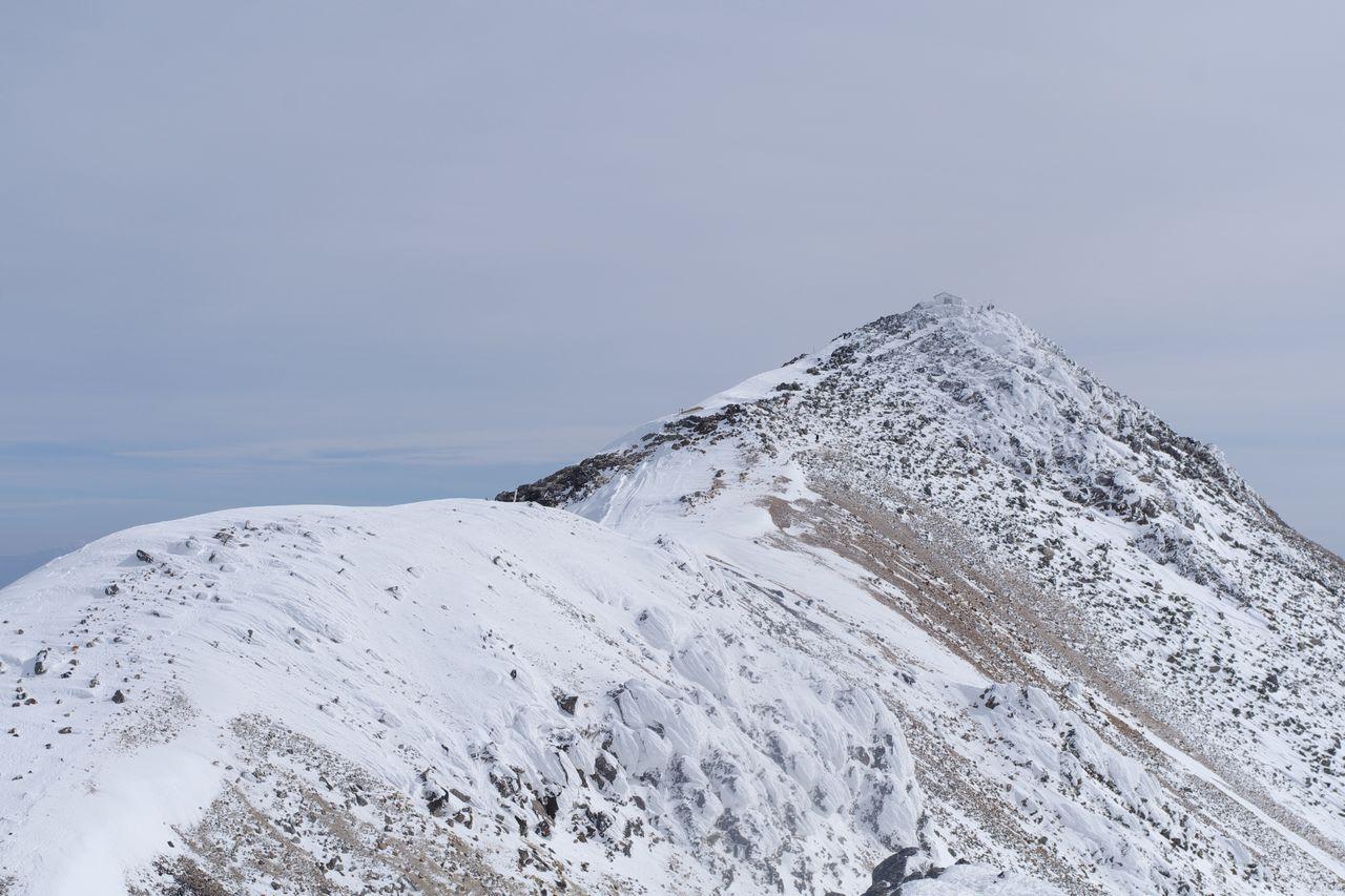 乗鞍岳 朝日岳から見た剣ヶ峰