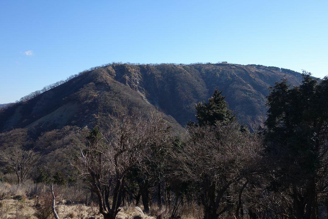 鳥尾山から見た三ノ塔