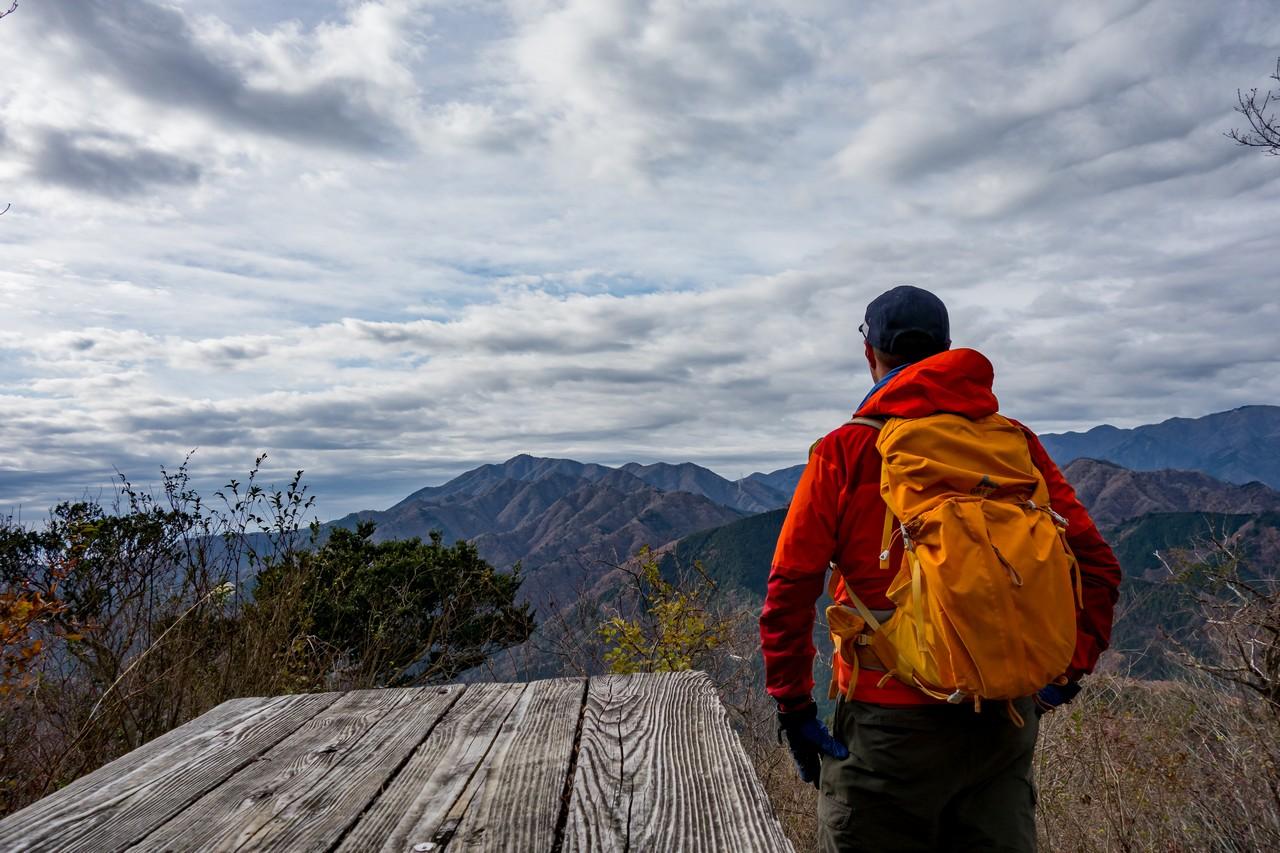 経ヶ岳から見た大山