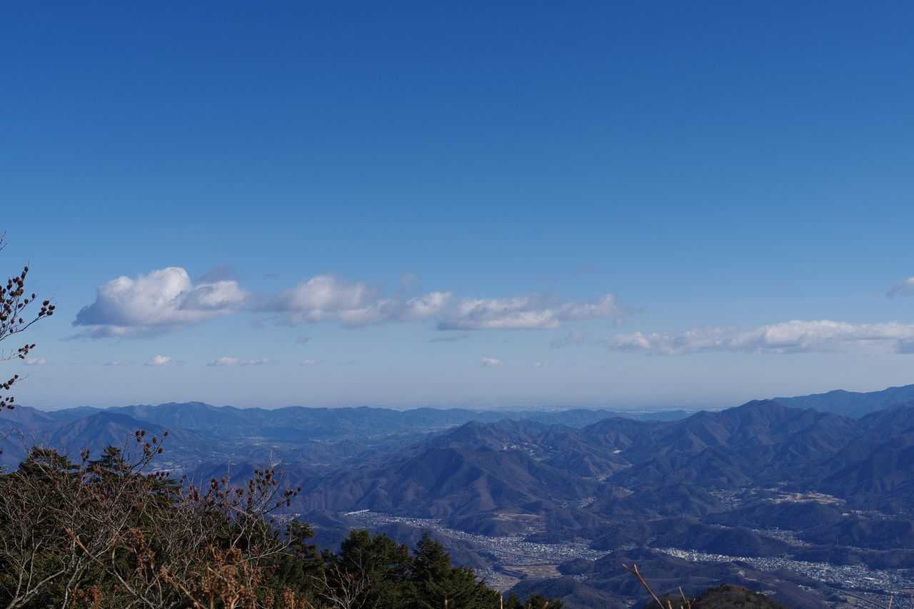 三ッ峠山 開運山から見た都心方面