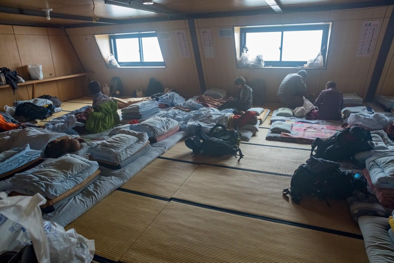 北岳山荘の客室