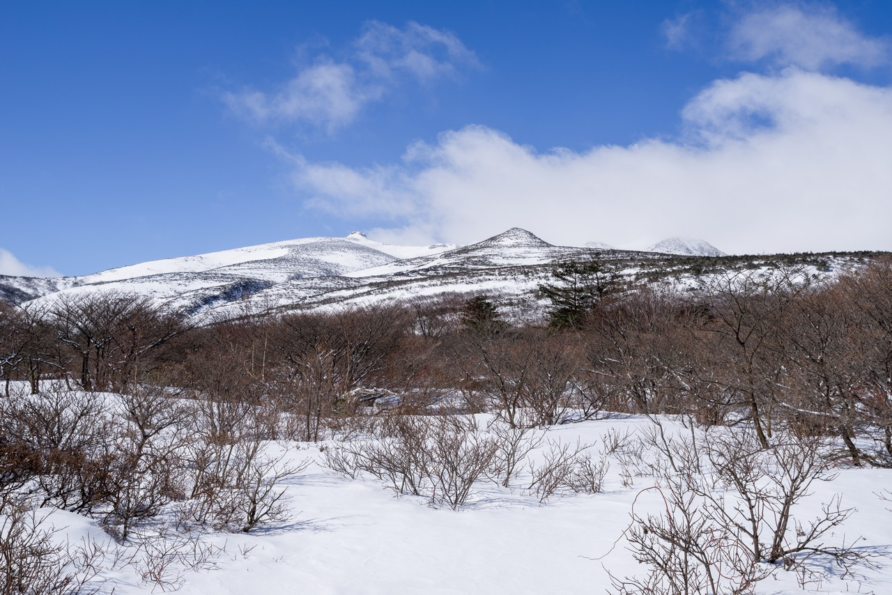 勢至平から見た安達太良山