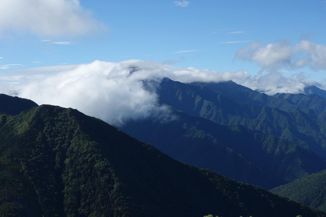 駒津峰から見た北岳